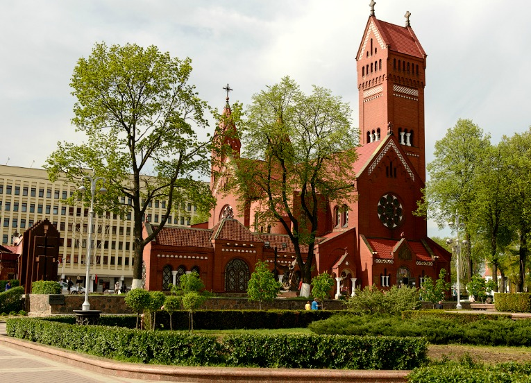 Church of Saints Simon and Helena, Minsk